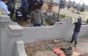 Người đàn ông chết trong nghĩa trang nghi bị giết, phi tang xác