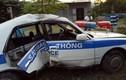 Truy đuổi kẻ tình nghi mang ma túy, xe CSGT gặp nạn, 2 cán bộ bị thương