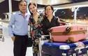 Giang Hồng Ngọc được bố tiễn ra sân bay đi Mỹ lưu diễn