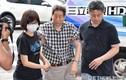 Cha mẹ ngất khi nhận thi thể cháy vụn của đạo diễn Tề Bá Lâm