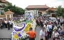 Hàng nghìn người có mặt tiễn đưa diễn viên Trư Ca Lượng