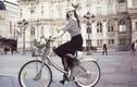 Lý Nhã Kỳ dạo chơi bằng xe đạp, tiết lộ kỷ niệm nhớ đời