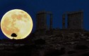 Những truyền thuyết rùng rợn và sự thật về trăng máu