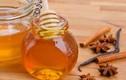 Trị mụn an toàn mà hiệu quả bằng hỗn hợp mật ong và quế