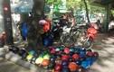 Hàng loạt vỉa hè ở trung tâm TPHCM bị tái chiếm