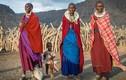 Quái đản tập tục ăn thịt khỉ của bộ lạc ở Tanzania