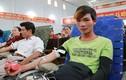 Cặp vợ chồng vượt 50 km cùng đi hiến máu cứu người