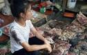 Chủ phản thịt bị đổ dầu luyn quay lại bán tôm cá
