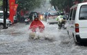 Hà Nội đang mưa lớn, có thể ngập lụt nhiều nơi
