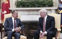 Ông Trump đã lộ thông tin mật gì với Ngoại trưởng Nga Lavrov?