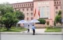 Nam sinh rơi từ tầng 7 KTX xuống đất tử vong ở Hà Nội
