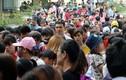 Nghỉ lễ 30/4, hàng nghìn người chen lấn nghẹt thở vào vườn thú