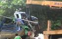 Xe tải đâm vào vách núi khiến ba người thương vong ở Hòa Bình