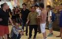 Bắt khẩn cấp đối tượng dâm ô trẻ em trong TTTM ở Hà Nội