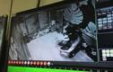 Hà Nội: Giải cứu hai người mắc kẹt trong thang máy tòa nhà Hei Tower