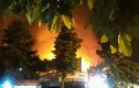 Phú Thọ: Xưởng sản xuất mỳ tôm cháy dữ dội trong đêm