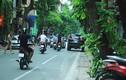 Loạn ô tô đỗ sai ngày chẵn lẻ trên phố Hà Nội