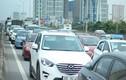 Ô tô ùn tắc trên đường vành đai 3 vì tai nạn xe máy chết người