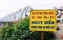 Cận cảnh những vết nứt ở cầu Đuống, dân nơm nớp lo sợ