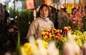 Ảnh: Những khuôn mặt mệt nhoài trong phiên chợ hoa đêm cận Tết