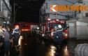 Cháy ngùn ngụt tại công ty sản xuất bông gòn TP HCM