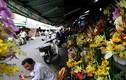 Ảnh: Vỉa hè, lòng đường biến mất ở chợ hoa lớn nhất Sài Gòn