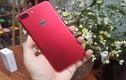 """Hàng """"nóng"""" iPhone 7 Plus đỏ vừa về Hà Nội có gì độc?"""
