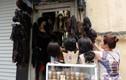 """Những cửa hàng siêu nhỏ """"hái ra tiền"""" ở đất vàng Hà Nội"""