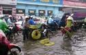 Ảnh: Hà Nội ngập như sông sau cơn mưa giông như trút