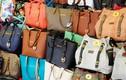 """Phát hiện container hàng Chanel, Hermes """"nhái"""" ở cảng Cát Lái"""