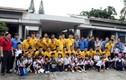 ĐTQG Việt Nam thăm làng trẻ SOS - Gò Vấp