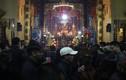 Người dân Hà Nội đi chùa cầu may sau giao thừa Tết Đinh Dậu