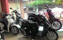 """Vừa ra mắt thị trường Việt, Honda SHi đã bị """"thổi giá"""""""