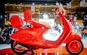 """Xe ga Vespa 946 Red """"chốt giá"""" 405 triệu tại Việt Nam"""