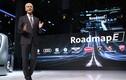 """Volkswagen """"đặt cược"""" 34 tỷ Euro vào xe điện, xe tự lái"""