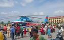 Dân Thái Bình đổ xô xem máy bay hạ cánh trên đường