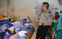 Bên trong nhà một nghi phạm khủng bố Indonesia