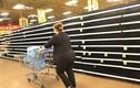 Lo sợ siêu bão thập kỷ, người Mỹ vét sạch siêu thị