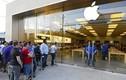 Fan cuồng khăn gói xếp hàng chờ mua iPhone X trước 10 ngày