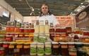 Cảnh kinh hoàng về thu hoạch loại mật ong đắt hơn vàng
