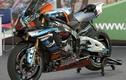 Siêu môtô Yamaha R1M độ tem cá mập ở Sài Gòn