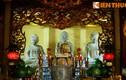 Ba pho tượng Tam Thế bằng đá cổ xưa độc nhất Việt Nam