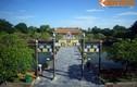 Cây cầu cổ với cặp cổng đồng nguyên khối ở Hoàng thành Huế