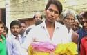 Bác sĩ đỡ đẻ làm đứt đầu em bé, bỏ chết người mẹ