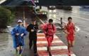 Trai Trung Quốc chạy bộ 600 km về quê ăn Tết