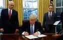 Tổng thống Donald Trump ký sắc lệnh rút Mỹ khỏi TPP
