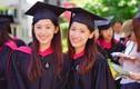 Chị em sinh đôi nổi tiếng người Trung Quốc cùng tốt nghiệp Harvard