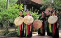 Chiếc nón quai thao của phụ nữ Việt