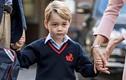 Tiểu hoàng tử Anh bẽn lẽn trong ngày đầu tới trường quý tộc