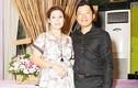 """Kinh Quốc lần đầu tiên chia sẻ về người vợ """"đại gia"""" bằng tuổi"""